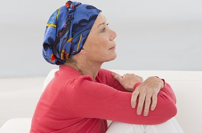Mujer con cáncer