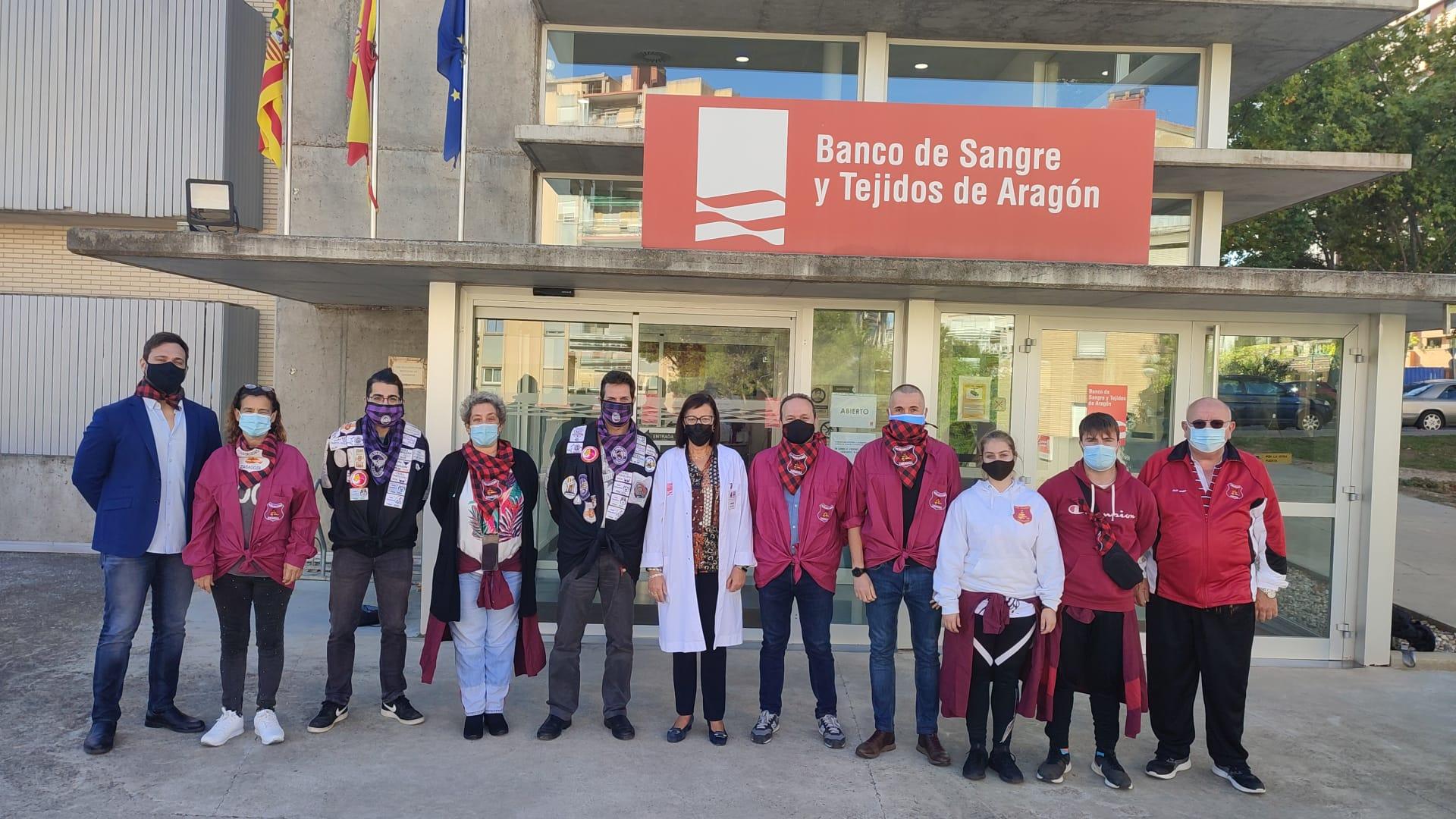 Las peñas visitan el Banco de Sangre